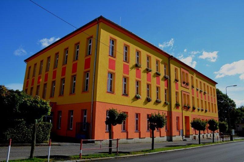 Základní škola Jiříkov